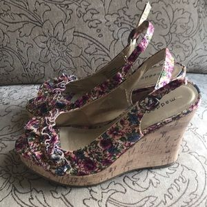 CUTE wedges Madden Girl